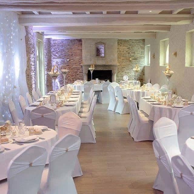 Marie Desaunay - Organisatrice de mariages Normandie - Salle de réception de mariage en septembre 2015 au Moulin de Bully 14, (près de Caen) dans la salle la Demeure.
