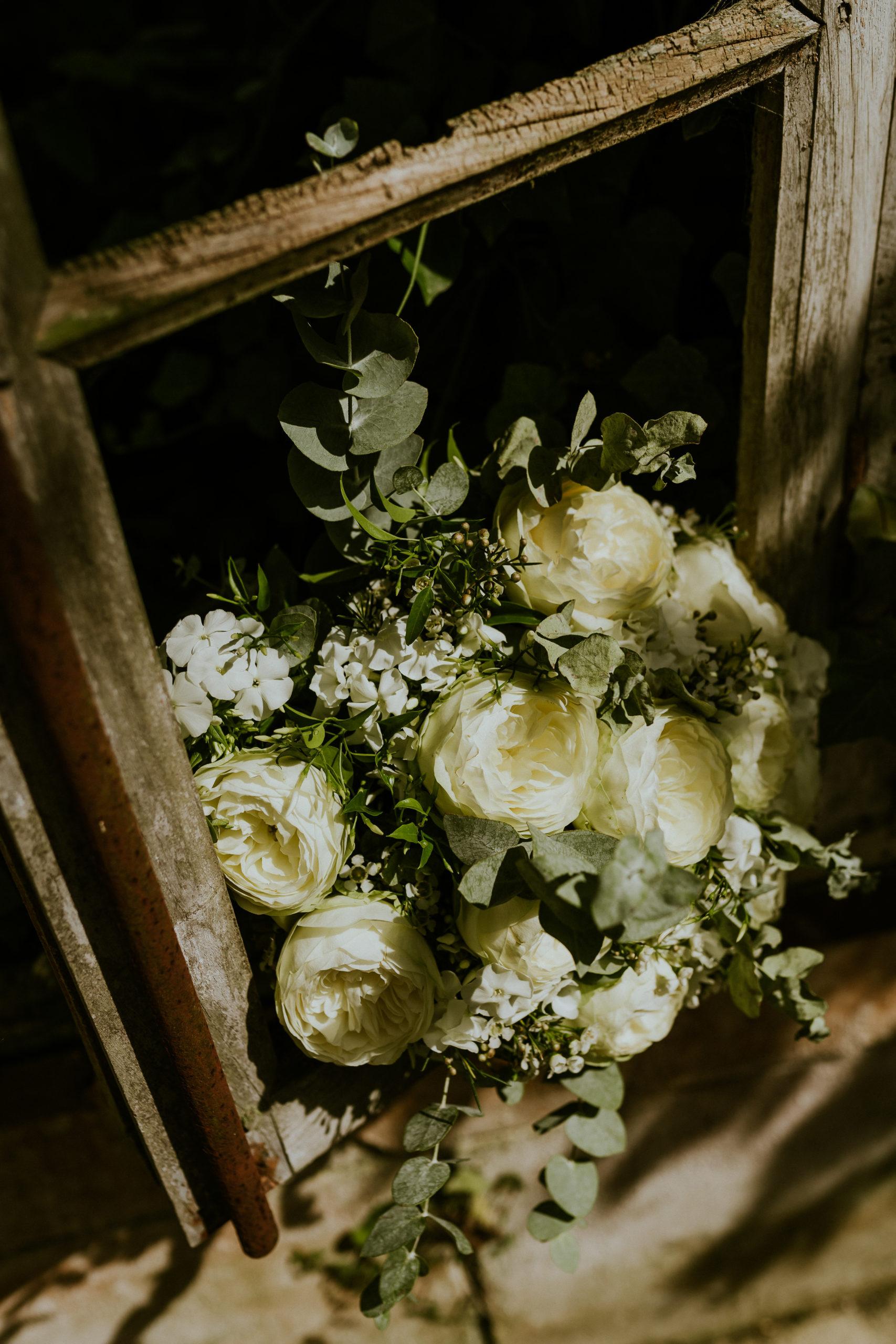 bouquet de mariée normandie - CREDIT PHOTO : Nicolas Desvages