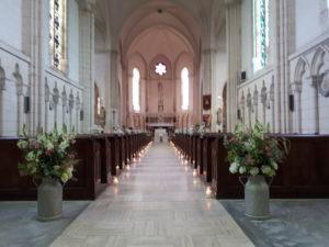 cérémonie-religieuse-fleurs