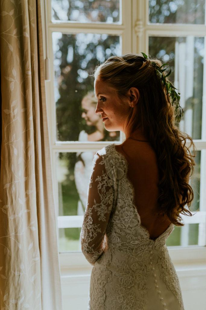 Accessoires cheveux mariée : feuillage et jasmin mariage végétal