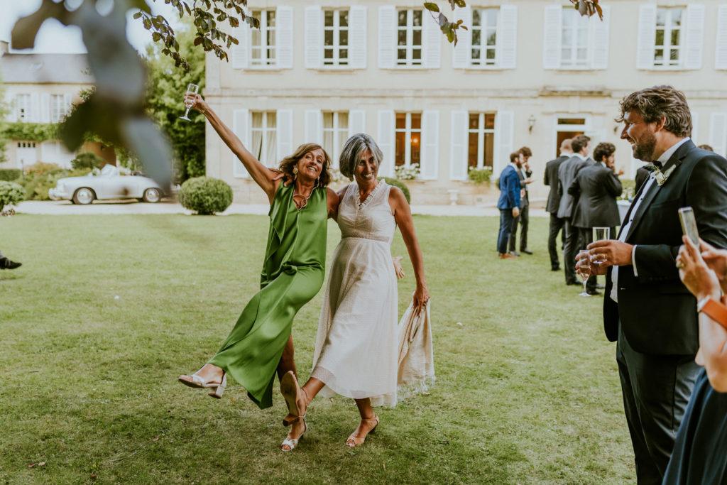 Ambiance cocktail mariage Château La Chenevière Calvados