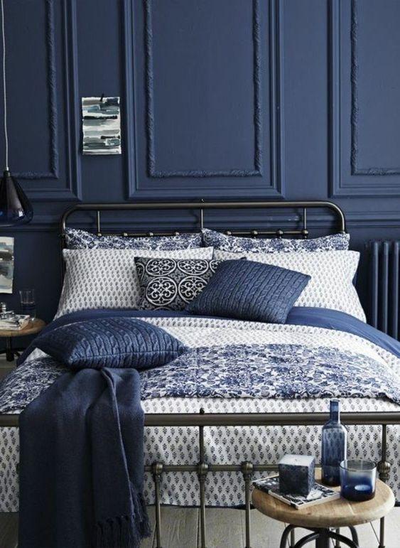 decoration-interieure-classic-blue-pantone-2020-clem-around-the-corner