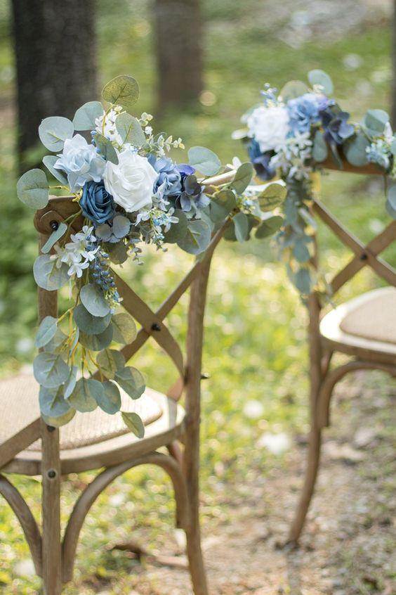 inspiration-deco-chaise-bois-mariage-champetre-bleu