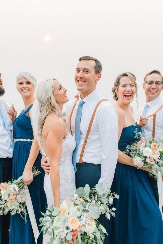 photo-mariage-couple-maries-bleu-boheme