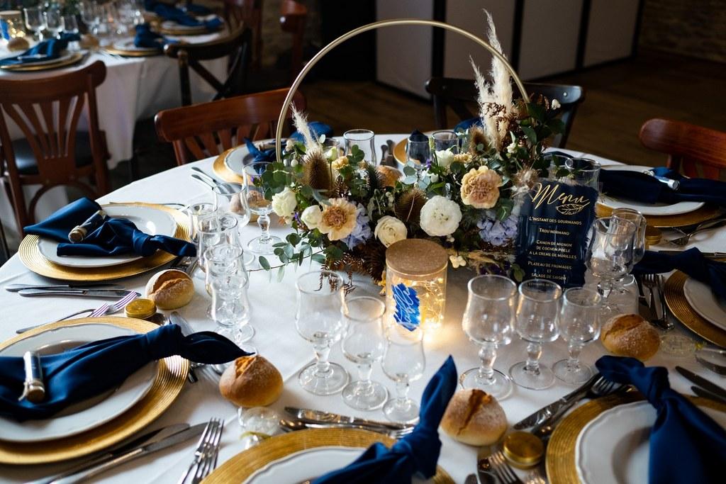 décoratrice-mariage-arts-de-la-table-fleurs-lumiere - CREDIT PHOTO : Audrey Guyon
