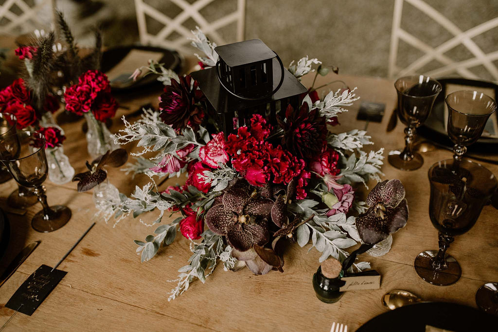 centre-de-table-mariage-decoration-wedding-designer-normandie-fleurs-lanterne-marie-desaunay
