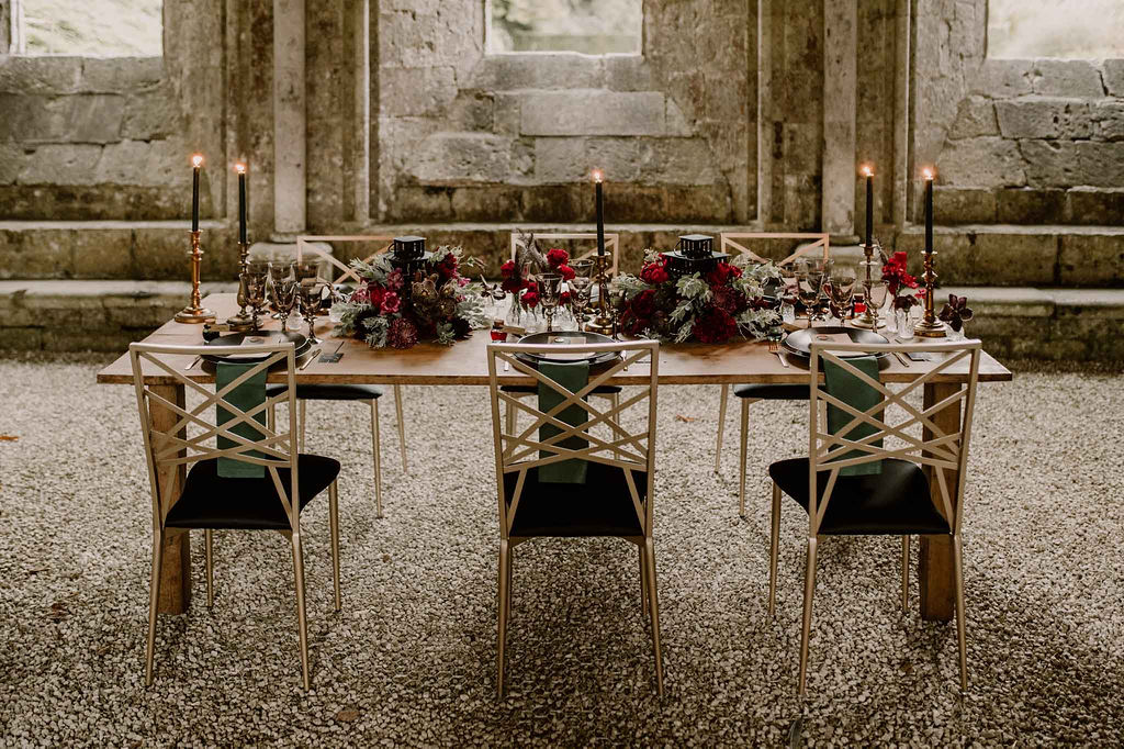 decoration-de-mariage-normandie-table-abbaye-domaine-de-reception-micro-mariage-petit-comite