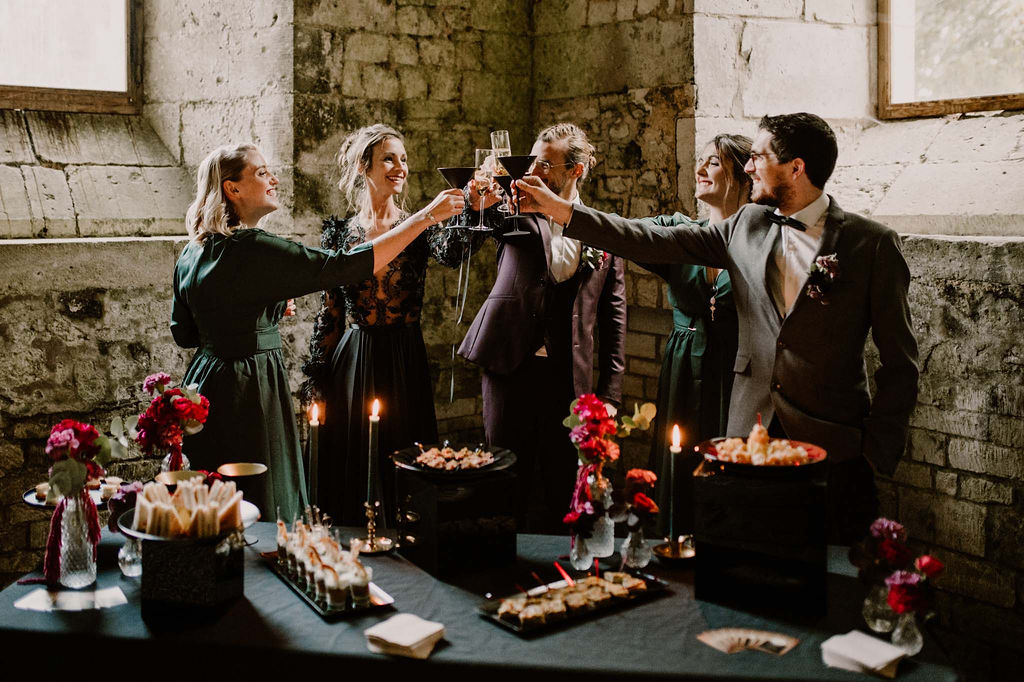 Scénographie mariage buffet cocktail  - CREDIT PHOTO : Anne Letournel